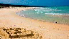 假日海滩汽车救援,假日海滩道路救援,假日海滩拖车救援电话