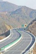 南阳高速服务区汽车救援,南阳高速服务区道路救援,南阳高速服务区
