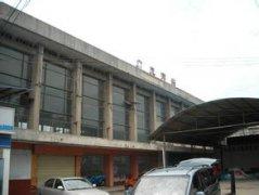 广元南站汽车救援,广元南站道路救援,广元南站拖车救援电话