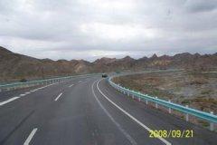 吐鲁番高速服务区汽车救援,吐鲁番高速服务区道路救援,吐鲁番高速